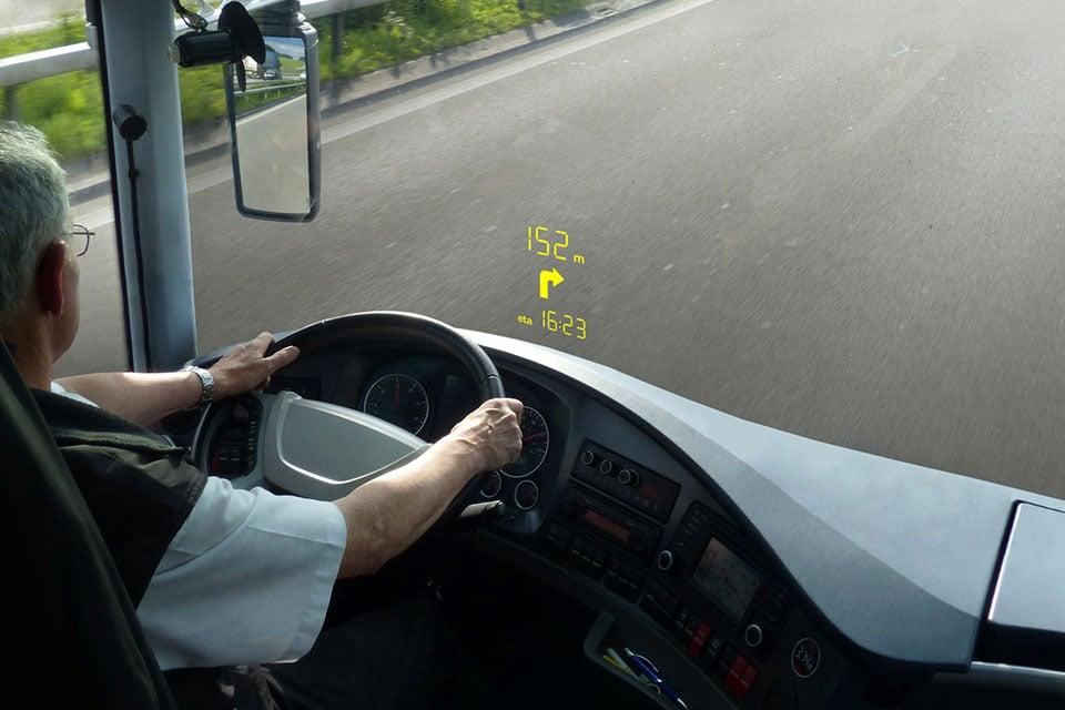 Lumineq-transparent-displays_bus-windshields-960x640