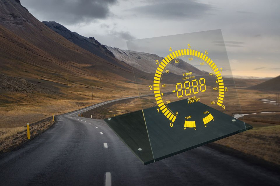 Lumineq transparent display-road background-960x640