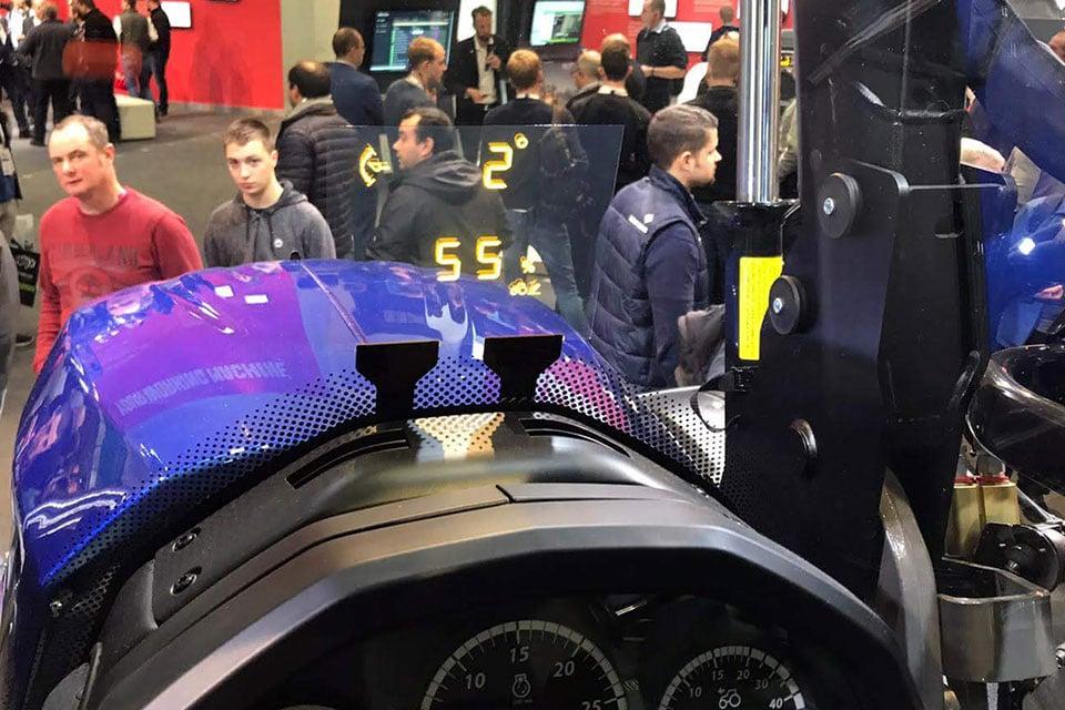 lumineq-transparent-display-for-valtra-tractor-960x640